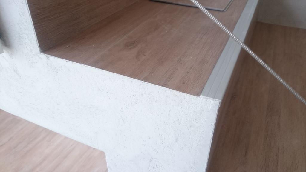 Realizace interiéru, detail schody
